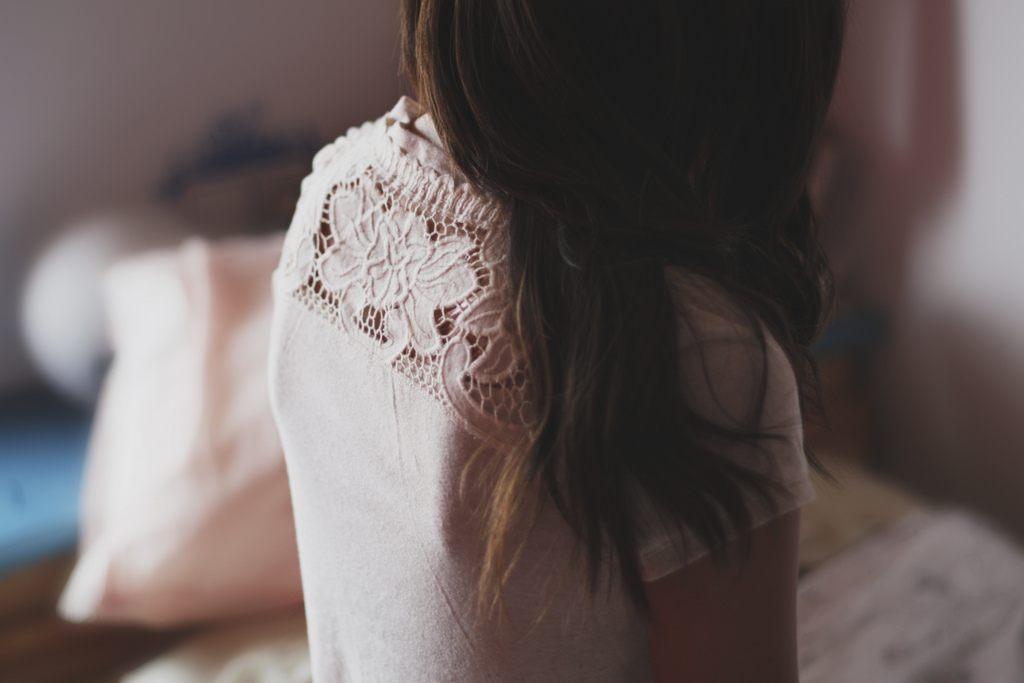 Картинки девушек на аву со спины с надписями